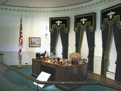 Replica of Oval Office