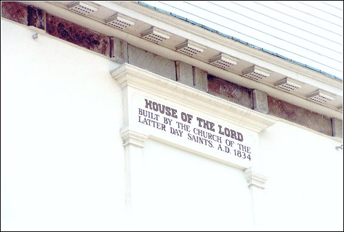 Sign on the Kirtland Temple